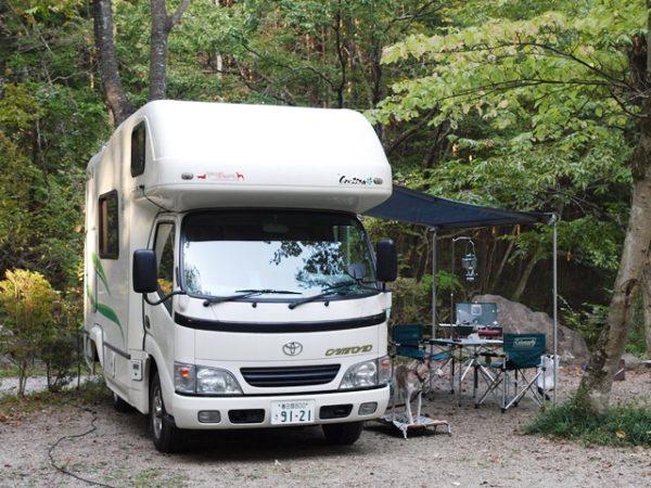 キャンピングカークレソンでキャンプ那須アルパカ