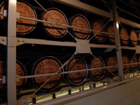 サントリー白州工場ウイスキー貯蔵庫