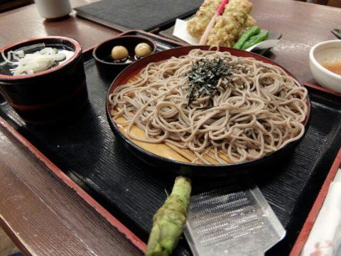 成田空港第2ターミナルそじ坊で蕎麦と焼酎