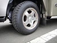 カムロードのタイヤをオールシーズンタイヤに交換。キャンピングカーデイブレイクと横浜ゴム TY285の画像