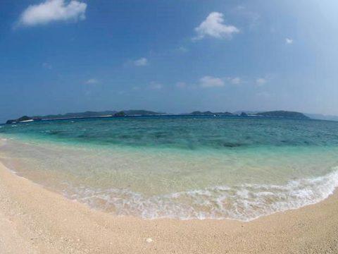 阿嘉ニシバマビーチ