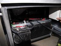 キャンピングカーデイブレイクのサブバッテリーの画像。韓国のSOLITE製ディープサイクル