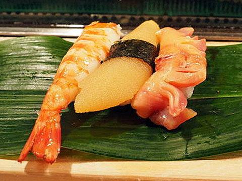 築地場内磯寿司特上にぎり赤貝