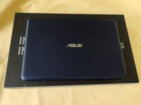 ASUSU Eeebook X205TA B5ノート