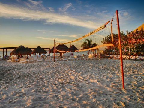 メキシコ コスメル島のビーチ(HDR)