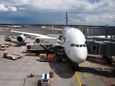 ルフトハンザ航空のA380フランクフルト空港にて
