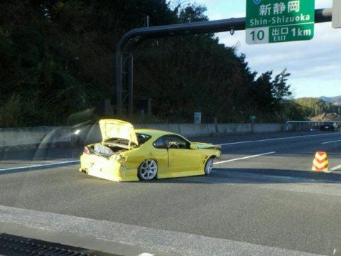 新東名新静岡IC手前で事故