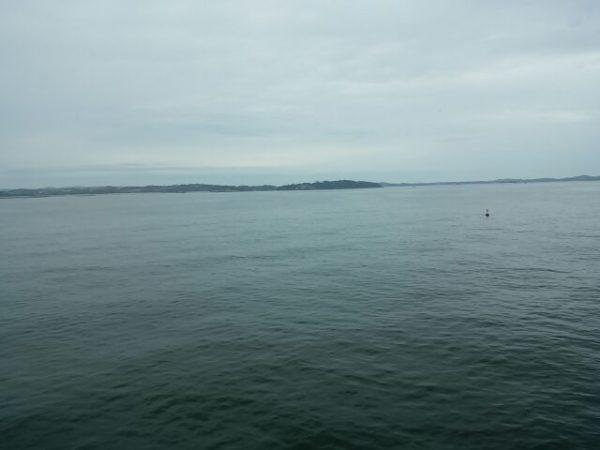 太平洋フェリー「いしかり」から撮影した仙台港沖の様子