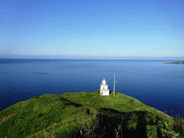 利尻島ペシ岬展望台からの風景、灯台