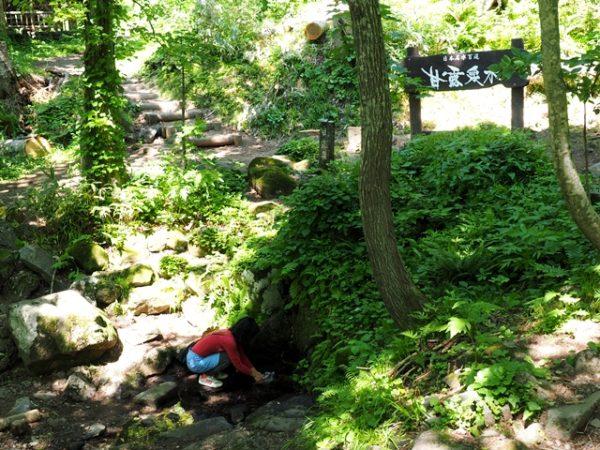 利尻山に日本百名水、甘露泉水