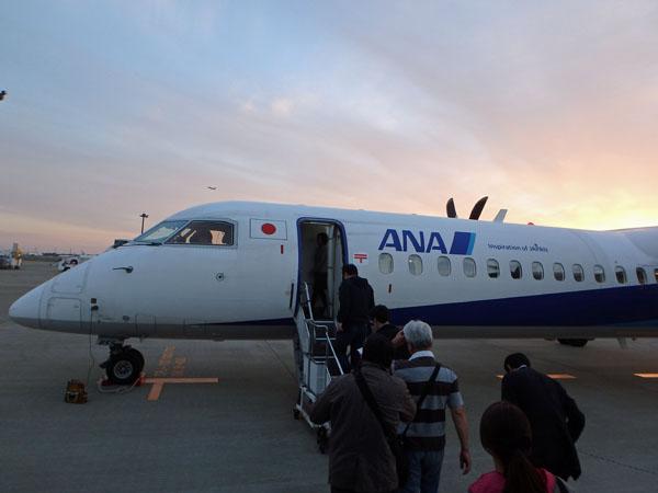 成田空港のボンバルディアDHC8-Q400