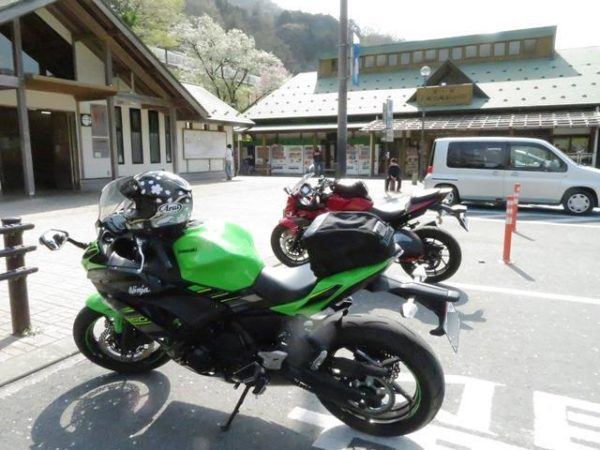 カワサキNINJA650、埼玉県横瀬町の道の駅にて