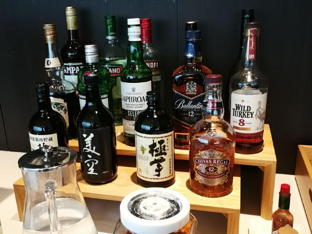 JALサクラダイニングのアルコールコーナー