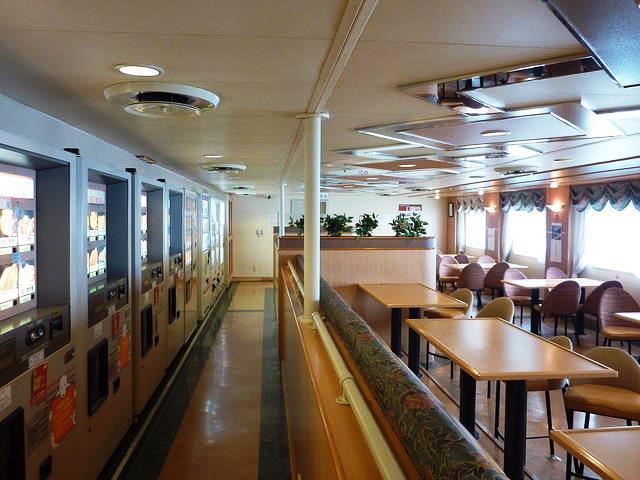 シルバークイーンのオートレストラン川崎近海汽船シルバーフェリー