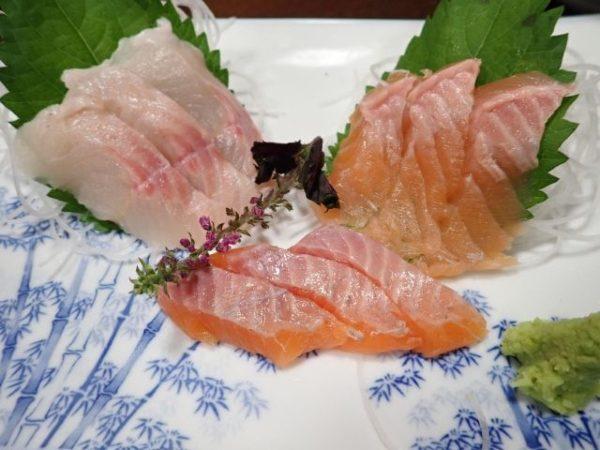 小菅の湯「お食事処ひのき」の川魚刺身盛合せ