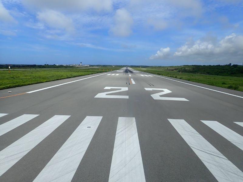 石垣空港滑走路