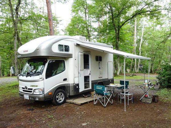長野県飯綱高原東キャンプ場にてキャンピングカーデイブレイクでオートキャンプ