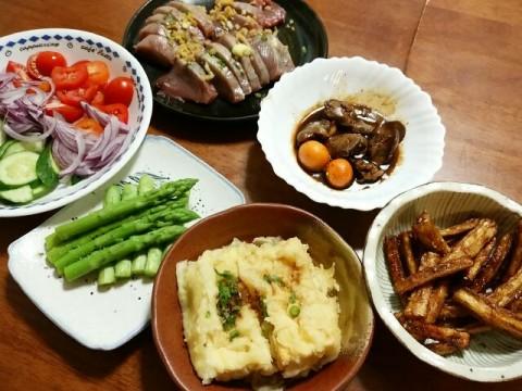 揚げ出し豆腐、とりもつ煮、ゴボウ揚げ、カツオ刺身、長野産アスパラ