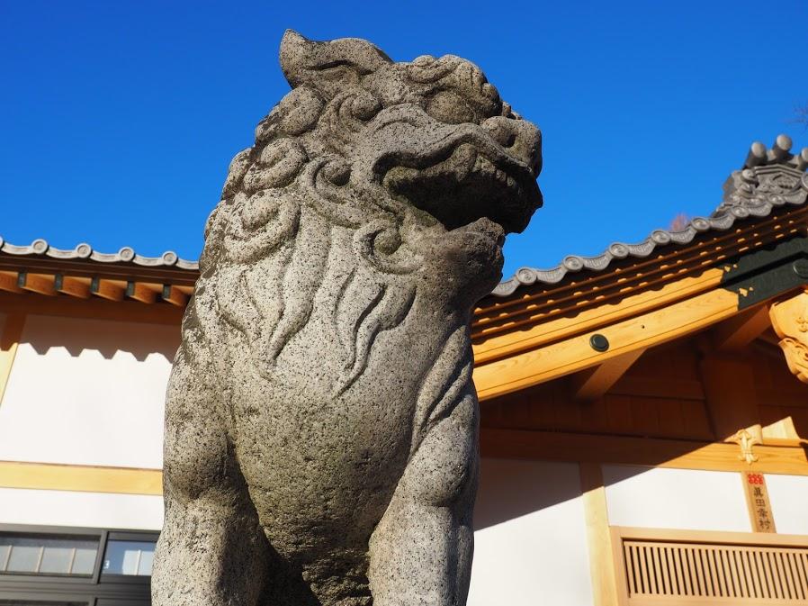 真田神社の狛犬。長野県上田市