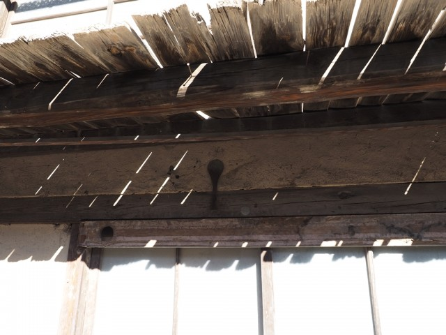 古びれた軒先、長野県東御市海野宿