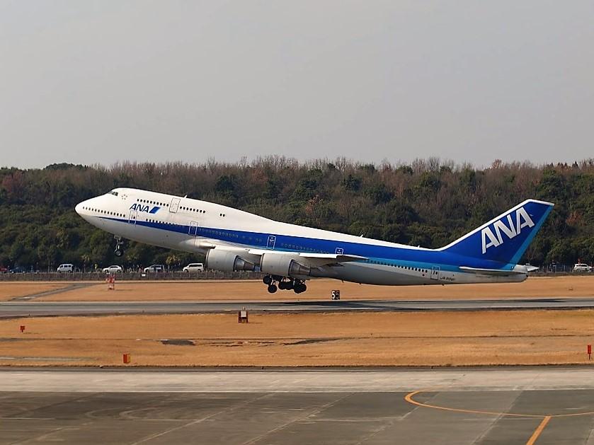 ANAボーイング747退役記念チャーターフライト熊本空港で離陸するB747-400